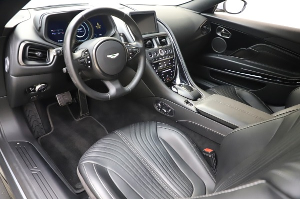 Used 2018 Aston Martin DB11 V8 Coupe for sale $147,900 at Rolls-Royce Motor Cars Greenwich in Greenwich CT 06830 13