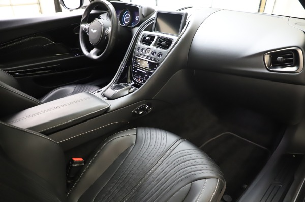 Used 2018 Aston Martin DB11 V8 Coupe for sale $147,900 at Rolls-Royce Motor Cars Greenwich in Greenwich CT 06830 18