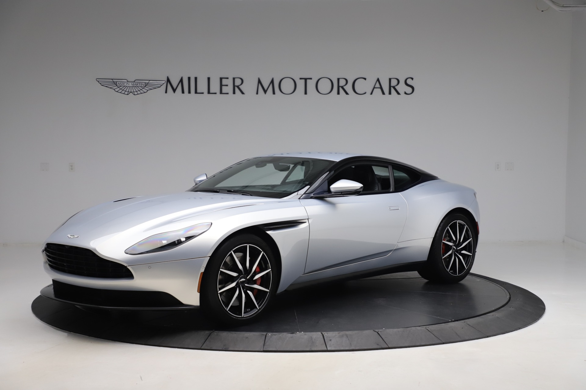 Used 2018 Aston Martin DB11 V8 Coupe for sale $147,900 at Rolls-Royce Motor Cars Greenwich in Greenwich CT 06830 1