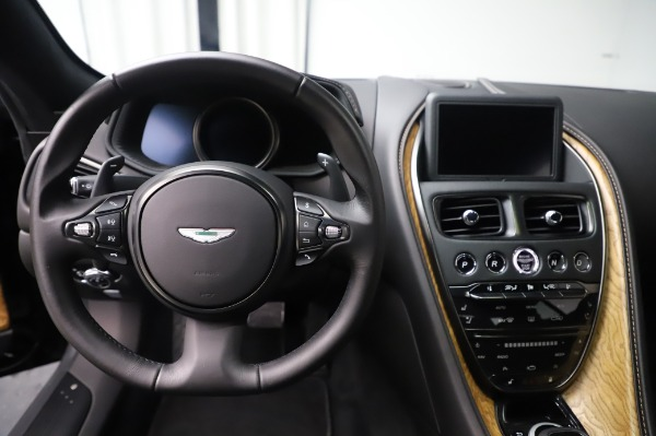 Used 2017 Aston Martin DB11 V12 for sale $149,900 at Rolls-Royce Motor Cars Greenwich in Greenwich CT 06830 19