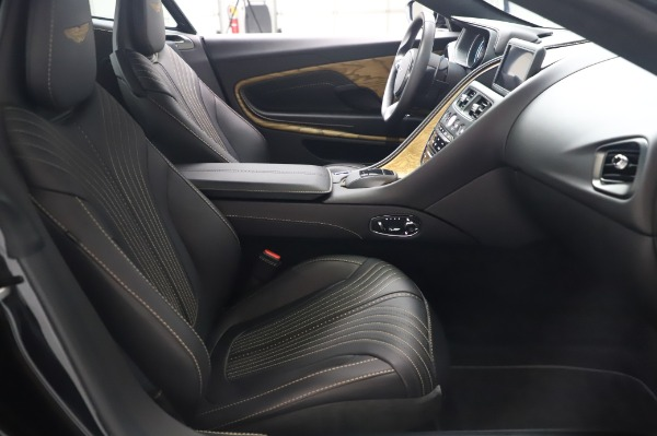 Used 2017 Aston Martin DB11 V12 for sale $149,900 at Rolls-Royce Motor Cars Greenwich in Greenwich CT 06830 22