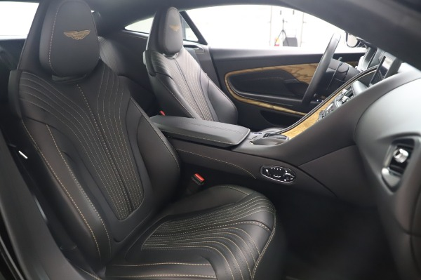 Used 2017 Aston Martin DB11 V12 for sale $149,900 at Rolls-Royce Motor Cars Greenwich in Greenwich CT 06830 23