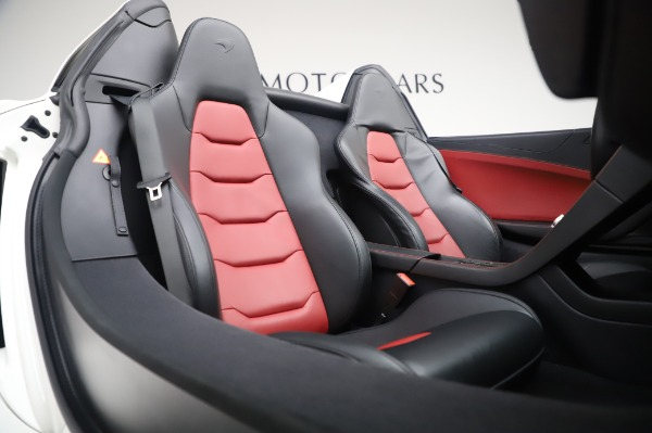 Used 2016 McLaren 650S Spider for sale $152,900 at Rolls-Royce Motor Cars Greenwich in Greenwich CT 06830 23