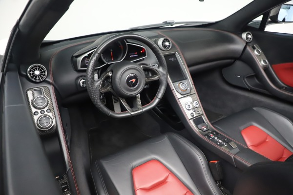 Used 2016 McLaren 650S Spider for sale $152,900 at Rolls-Royce Motor Cars Greenwich in Greenwich CT 06830 26