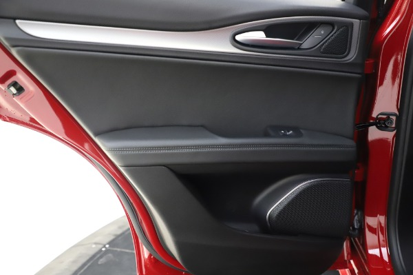 New 2020 Alfa Romeo Stelvio Sport Q4 for sale $50,645 at Rolls-Royce Motor Cars Greenwich in Greenwich CT 06830 21