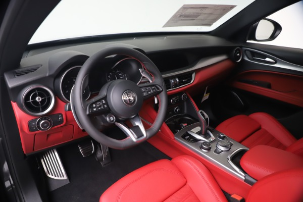 New 2020 Alfa Romeo Stelvio Ti Sport Q4 for sale $56,145 at Rolls-Royce Motor Cars Greenwich in Greenwich CT 06830 13