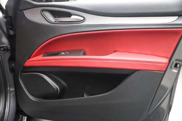 New 2020 Alfa Romeo Stelvio Ti Sport Q4 for sale $56,145 at Rolls-Royce Motor Cars Greenwich in Greenwich CT 06830 25