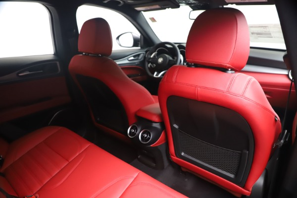 New 2020 Alfa Romeo Stelvio Ti Sport Q4 for sale $56,145 at Rolls-Royce Motor Cars Greenwich in Greenwich CT 06830 28