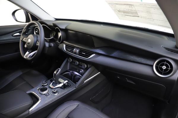 New 2020 Alfa Romeo Stelvio for sale $50,145 at Rolls-Royce Motor Cars Greenwich in Greenwich CT 06830 24