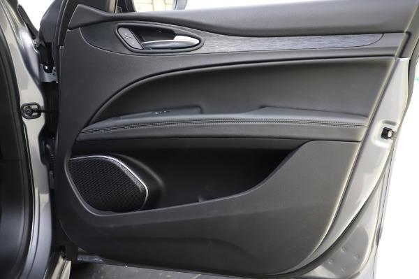 New 2020 Alfa Romeo Stelvio for sale $50,145 at Rolls-Royce Motor Cars Greenwich in Greenwich CT 06830 25