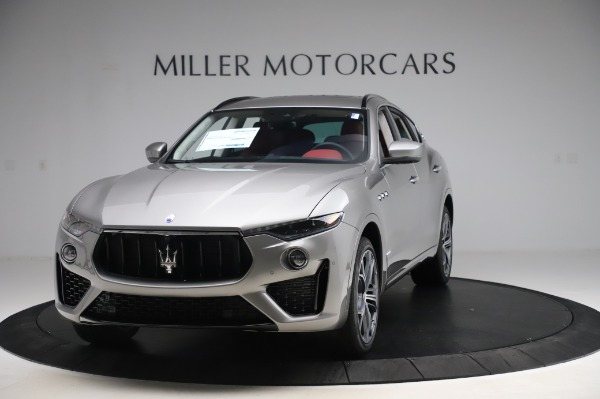 New 2020 Maserati Levante S Q4 GranSport for sale $104,635 at Rolls-Royce Motor Cars Greenwich in Greenwich CT 06830 1