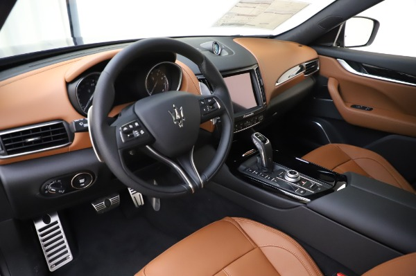 New 2020 Maserati Levante Q4 GranSport for sale $86,685 at Rolls-Royce Motor Cars Greenwich in Greenwich CT 06830 13