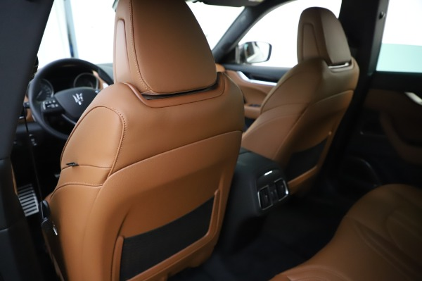New 2020 Maserati Levante Q4 GranSport for sale $86,685 at Rolls-Royce Motor Cars Greenwich in Greenwich CT 06830 20