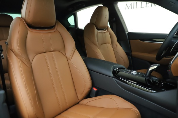 New 2020 Maserati Levante Q4 GranSport for sale $86,685 at Rolls-Royce Motor Cars Greenwich in Greenwich CT 06830 22