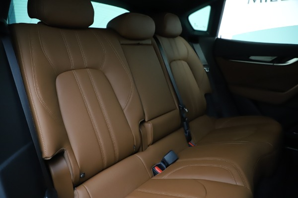 New 2020 Maserati Levante Q4 GranSport for sale $86,685 at Rolls-Royce Motor Cars Greenwich in Greenwich CT 06830 26