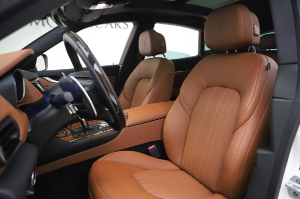 New 2020 Maserati Levante Q4 GranLusso for sale $87,449 at Rolls-Royce Motor Cars Greenwich in Greenwich CT 06830 14