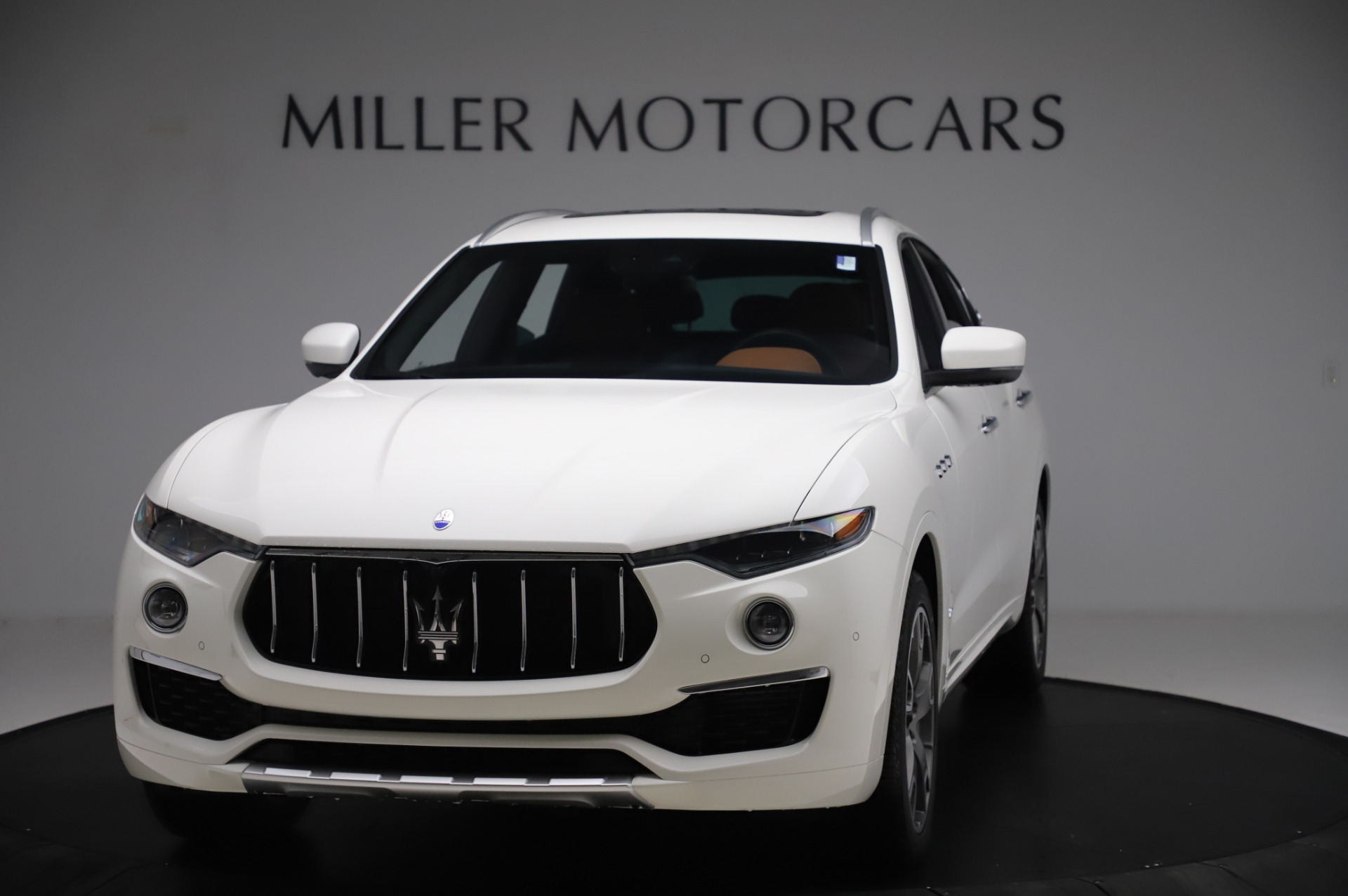 New 2020 Maserati Levante Q4 GranLusso for sale $87,449 at Rolls-Royce Motor Cars Greenwich in Greenwich CT 06830 1