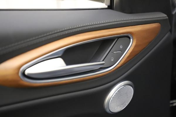 New 2020 Alfa Romeo Giulia Ti Lusso Q4 for sale $51,195 at Rolls-Royce Motor Cars Greenwich in Greenwich CT 06830 20