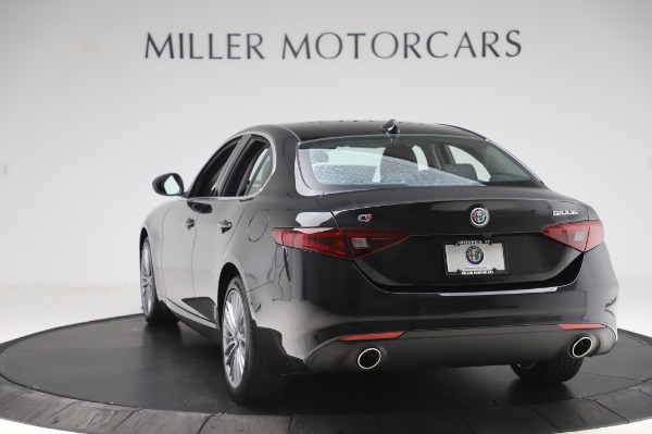 New 2020 Alfa Romeo Giulia Ti Lusso Q4 for sale $51,195 at Rolls-Royce Motor Cars Greenwich in Greenwich CT 06830 5