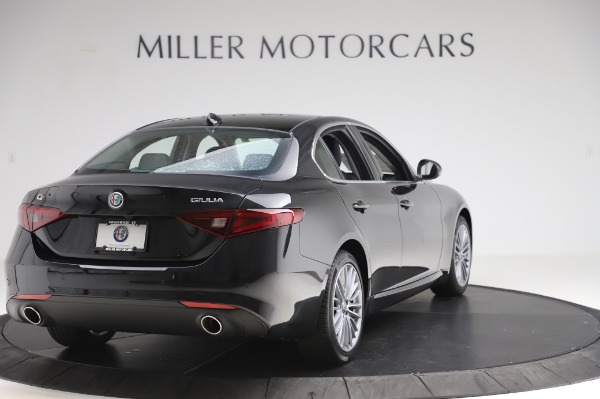 New 2020 Alfa Romeo Giulia Ti Lusso Q4 for sale $46,195 at Rolls-Royce Motor Cars Greenwich in Greenwich CT 06830 7