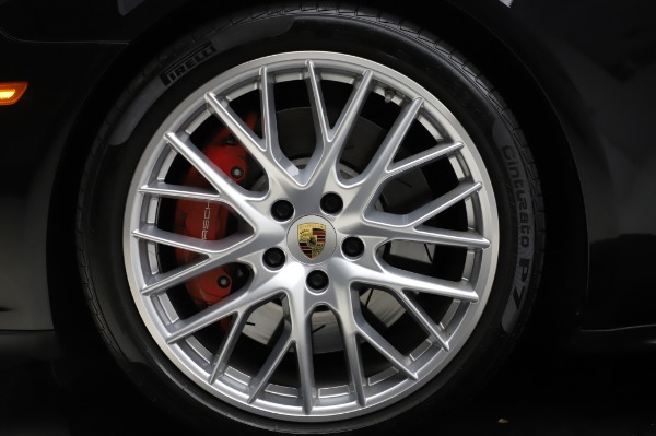Used 2017 Porsche Panamera Turbo for sale $95,900 at Rolls-Royce Motor Cars Greenwich in Greenwich CT 06830 27