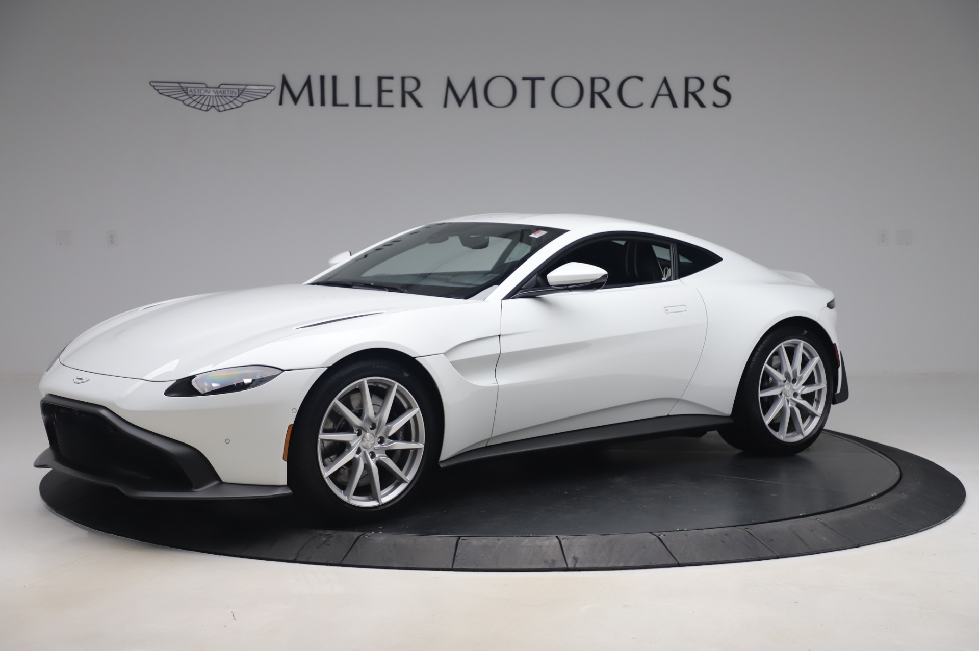 New 2020 Aston Martin Vantage for sale $181,781 at Rolls-Royce Motor Cars Greenwich in Greenwich CT 06830 1