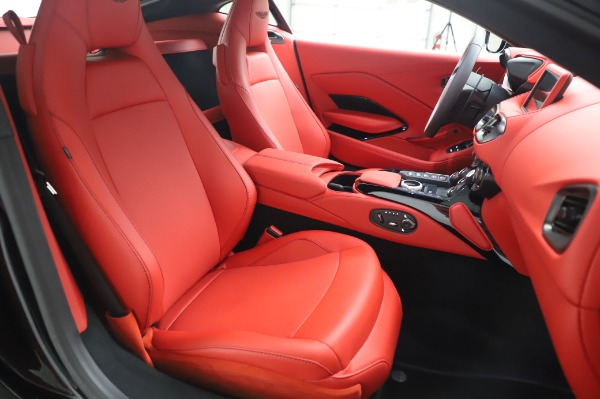 New 2020 Aston Martin Vantage Coupe for sale $185,181 at Rolls-Royce Motor Cars Greenwich in Greenwich CT 06830 19