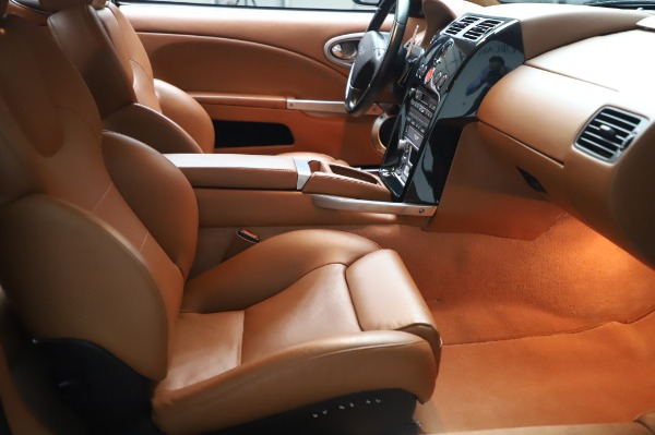 Used 2003 Aston Martin V12 Vanquish Coupe for sale $79,900 at Rolls-Royce Motor Cars Greenwich in Greenwich CT 06830 21