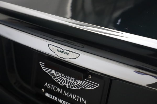 Used 2003 Aston Martin V12 Vanquish Coupe for sale $79,900 at Rolls-Royce Motor Cars Greenwich in Greenwich CT 06830 26