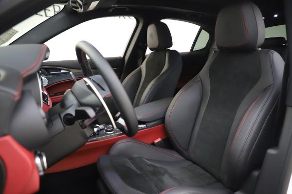 New 2020 Alfa Romeo Stelvio Quadrifoglio for sale $89,145 at Rolls-Royce Motor Cars Greenwich in Greenwich CT 06830 23