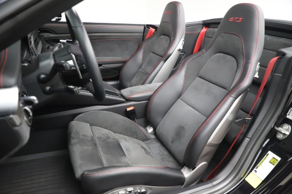 Used 2018 Porsche 911 Carrera 4 GTS for sale $137,900 at Rolls-Royce Motor Cars Greenwich in Greenwich CT 06830 15