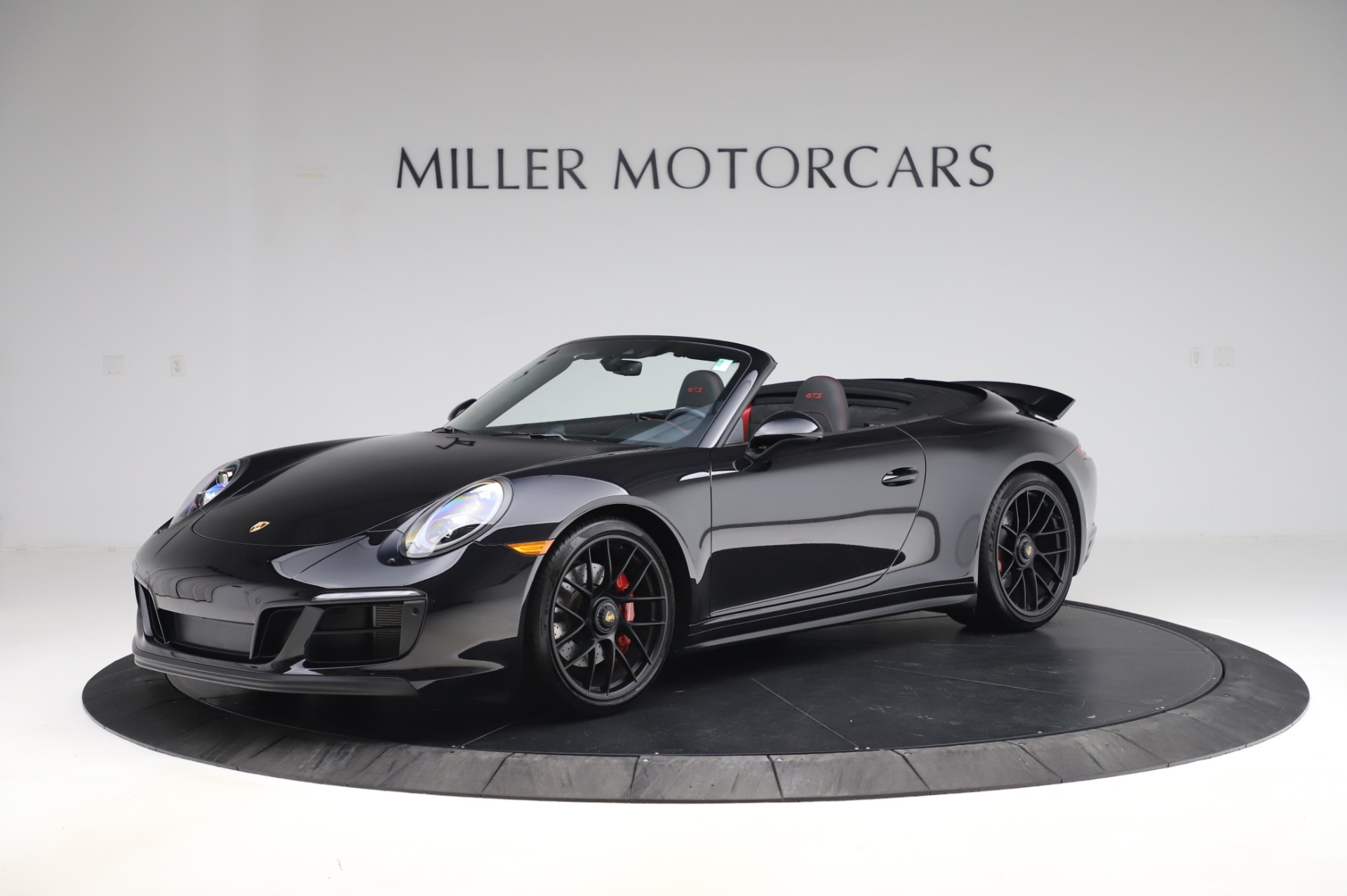 Used 2018 Porsche 911 Carrera 4 GTS for sale $137,900 at Rolls-Royce Motor Cars Greenwich in Greenwich CT 06830 1