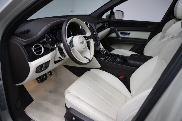 Used 2018 Bentley Bentayga Onyx Edition for sale $159,900 at Rolls-Royce Motor Cars Greenwich in Greenwich CT 06830 17
