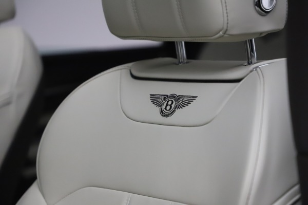 Used 2018 Bentley Bentayga Onyx Edition for sale $159,900 at Rolls-Royce Motor Cars Greenwich in Greenwich CT 06830 20