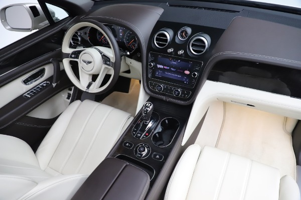 Used 2018 Bentley Bentayga Onyx Edition for sale $159,900 at Rolls-Royce Motor Cars Greenwich in Greenwich CT 06830 23