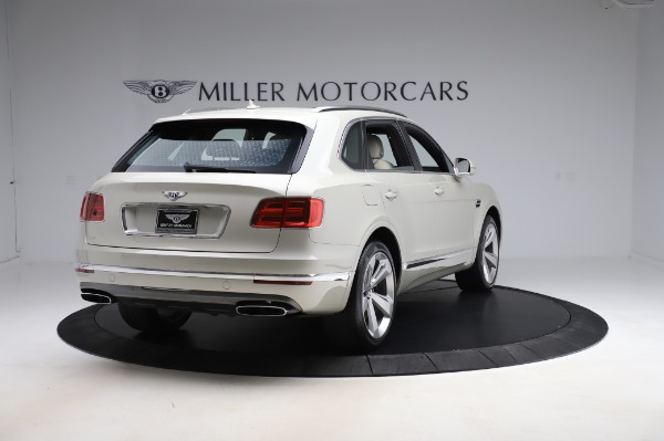 Used 2018 Bentley Bentayga Onyx Edition for sale $159,900 at Rolls-Royce Motor Cars Greenwich in Greenwich CT 06830 7