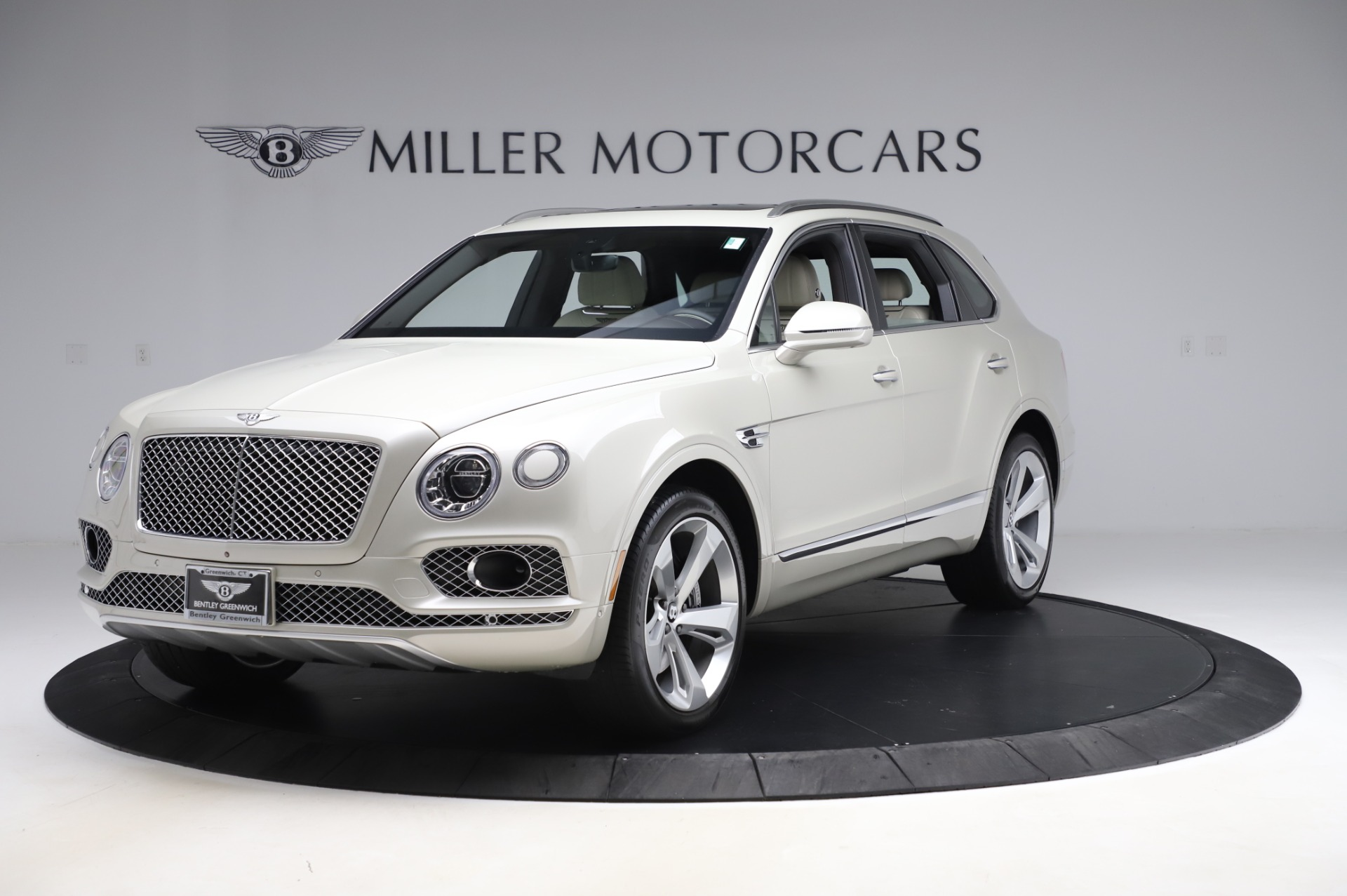 Used 2018 Bentley Bentayga Onyx Edition for sale $159,900 at Rolls-Royce Motor Cars Greenwich in Greenwich CT 06830 1