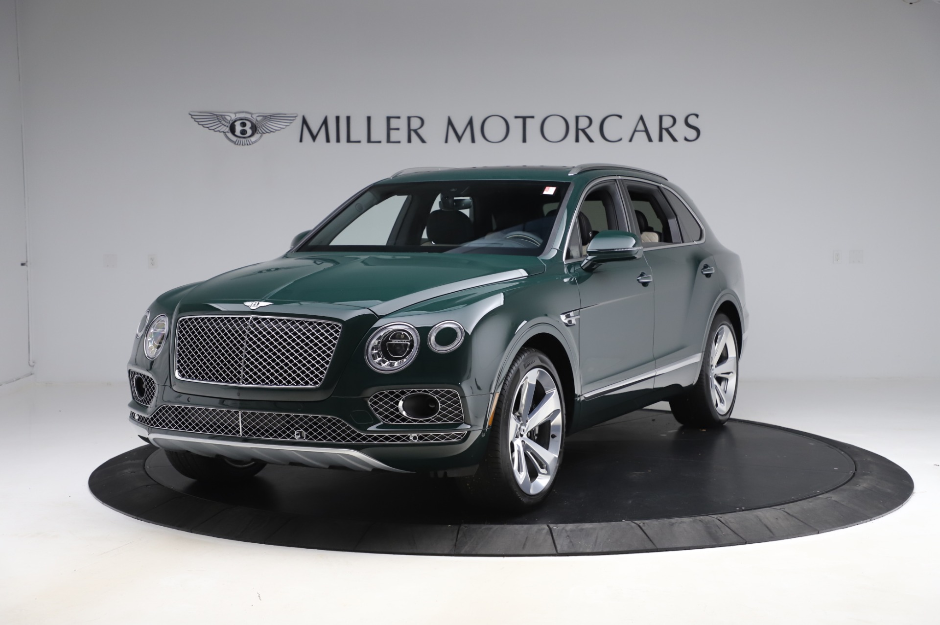 New 2020 Bentley Bentayga V8 for sale $189,900 at Rolls-Royce Motor Cars Greenwich in Greenwich CT 06830 1