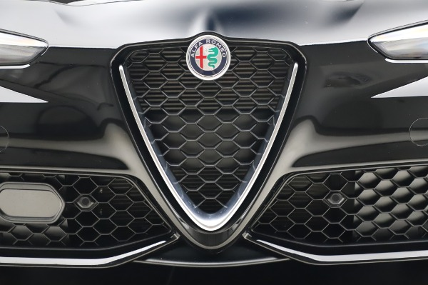 New 2020 Alfa Romeo Giulia Sport Q4 for sale Sold at Rolls-Royce Motor Cars Greenwich in Greenwich CT 06830 13