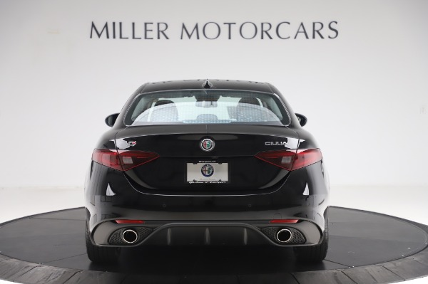 New 2020 Alfa Romeo Giulia Sport Q4 for sale Sold at Rolls-Royce Motor Cars Greenwich in Greenwich CT 06830 6