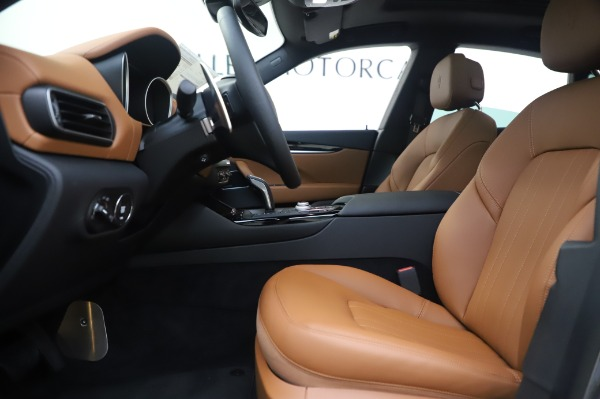 New 2020 Maserati Levante Q4 for sale $84,499 at Rolls-Royce Motor Cars Greenwich in Greenwich CT 06830 15