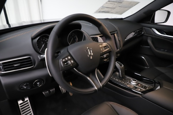 New 2020 Maserati Levante Q4 GranSport for sale Sold at Rolls-Royce Motor Cars Greenwich in Greenwich CT 06830 13