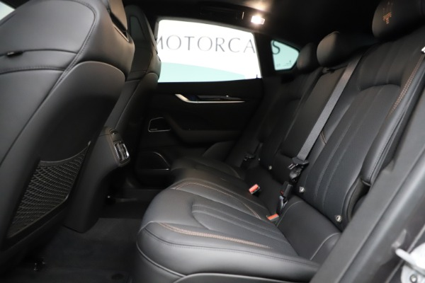 New 2020 Maserati Levante Q4 GranSport for sale Sold at Rolls-Royce Motor Cars Greenwich in Greenwich CT 06830 18