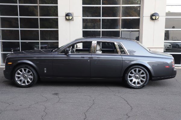 Used 2014 Rolls-Royce Phantom for sale $219,900 at Rolls-Royce Motor Cars Greenwich in Greenwich CT 06830 8