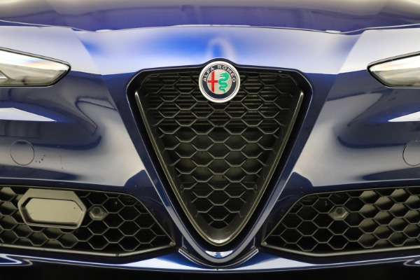 New 2020 Alfa Romeo Giulia Ti Q4 for sale Sold at Rolls-Royce Motor Cars Greenwich in Greenwich CT 06830 27