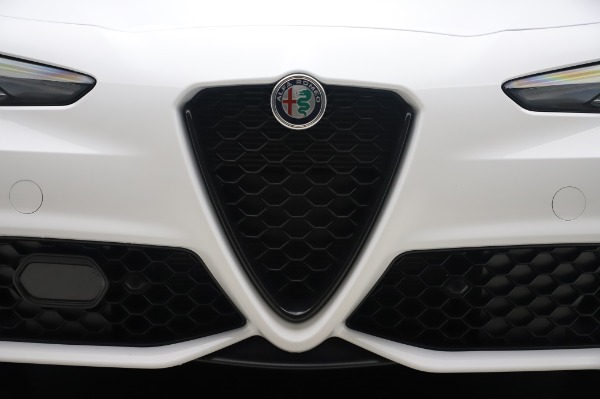New 2020 Alfa Romeo Giulia Ti Sport Q4 for sale Sold at Rolls-Royce Motor Cars Greenwich in Greenwich CT 06830 13