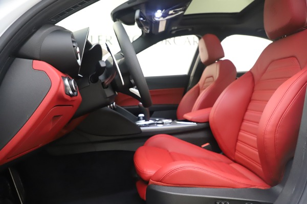 New 2020 Alfa Romeo Giulia Ti Sport Q4 for sale $46,495 at Rolls-Royce Motor Cars Greenwich in Greenwich CT 06830 15