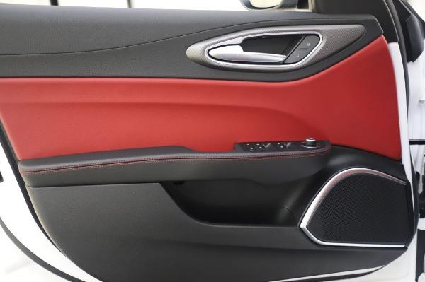 New 2020 Alfa Romeo Giulia Ti Sport Q4 for sale $46,495 at Rolls-Royce Motor Cars Greenwich in Greenwich CT 06830 21