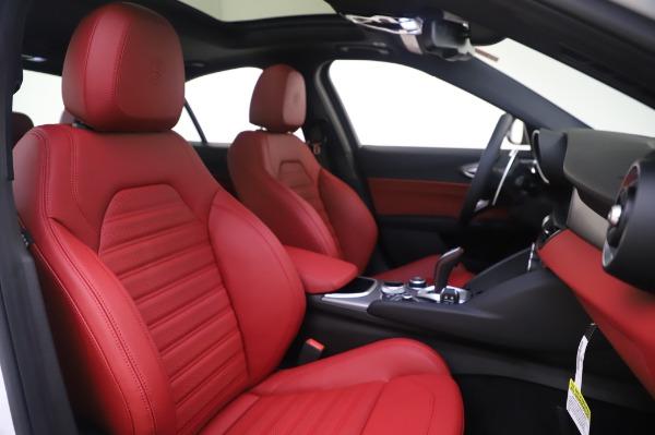 New 2020 Alfa Romeo Giulia Ti Sport Q4 for sale $46,495 at Rolls-Royce Motor Cars Greenwich in Greenwich CT 06830 22