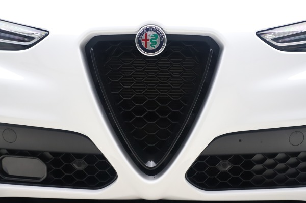 New 2020 Alfa Romeo Stelvio Ti Sport Q4 for sale $56,495 at Rolls-Royce Motor Cars Greenwich in Greenwich CT 06830 13
